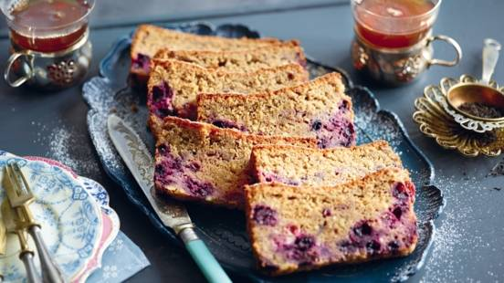 Cake aux fruits rouges et thé noir