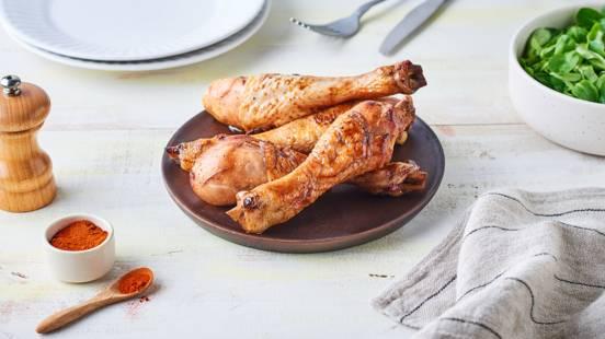 Pilons de poulet marinés à la bière et paprika