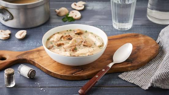Soupe de poulet aux champignons