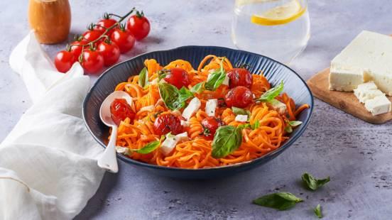Spaghettis de carottes et tomates cerise rôties
