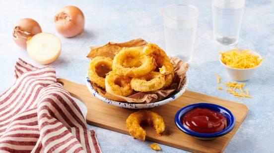 Oignons rings au cheddar et ketchup maison