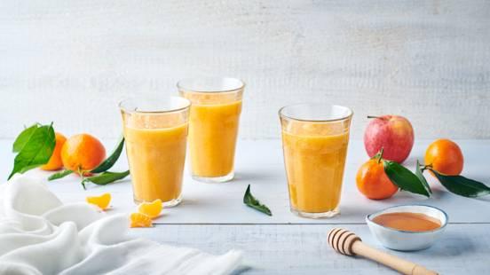 Jus vitaminé, mandarine, pomme et citron