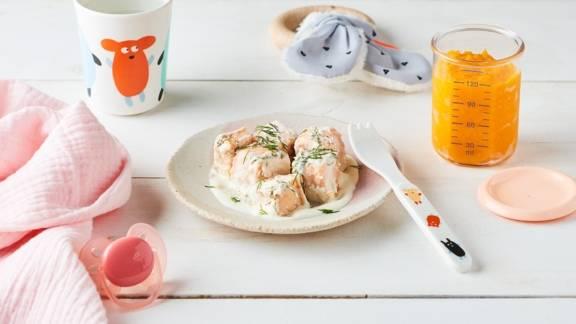 Papillotes de cubes de saumon, crème fraîche et aneth