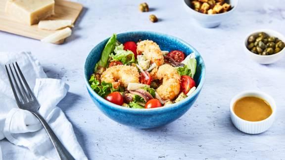 Salade césar aux crevettes panées