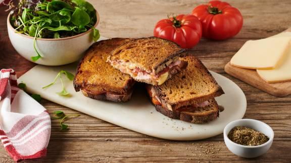 Croque-Monsieur au fromage à raclette