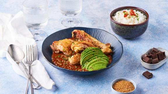 Mole poblano et poulet (sauce mexicaine au chocolat)