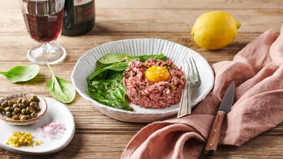 Tartare de bœuf au citron, persil et oignons