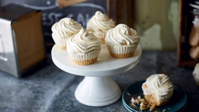Muffins aux prunes façon cheesecake