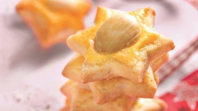 Biscuits étoiles aux amandes