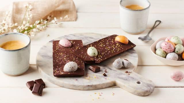 Tablette de Pâques au chocolat noir