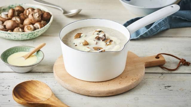 Soupe de champignons, Mont d'Or et champignons rôtis