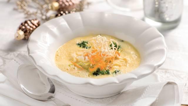 Soupe au parmesan et légumes frits