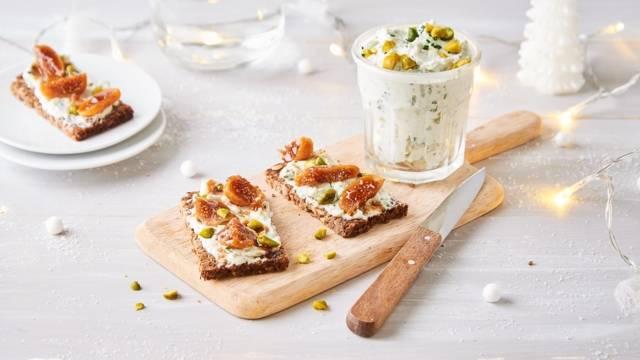 Tartinade de roquefort, pistaches et figues sèches