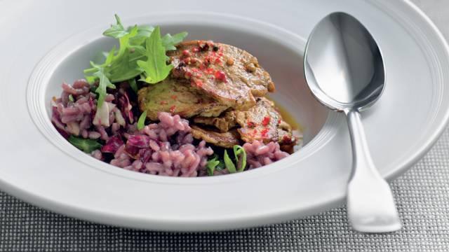 Risotto rouge et filets de porc marinés