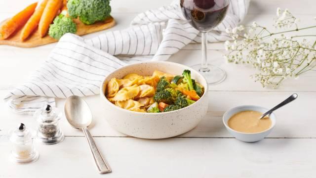 Tortellinis de bœuf aux légumes et lait de coco