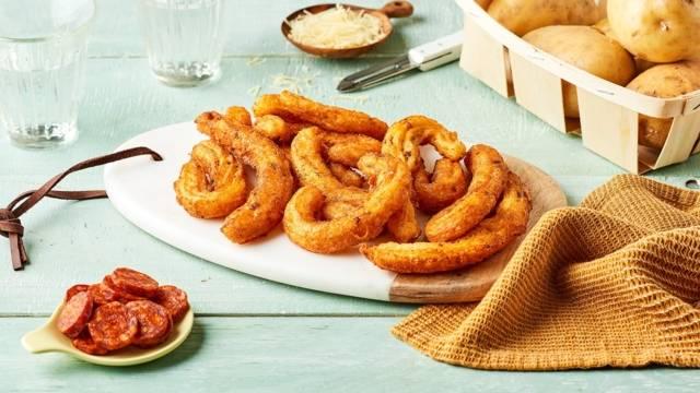 Churros de pomme de terre, chorizo et thym