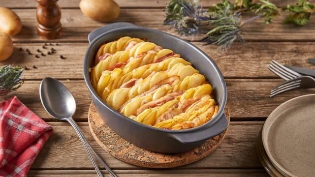 Tian pommes de terre, bacon et raclette