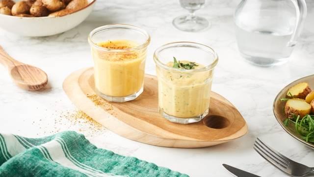 3 moutardes aromatisées