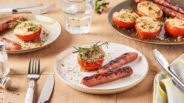 Tomates à la provençale et chipolatas