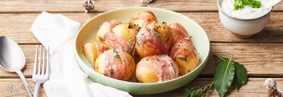 Pommes de terre lardées au thym et à la sauge