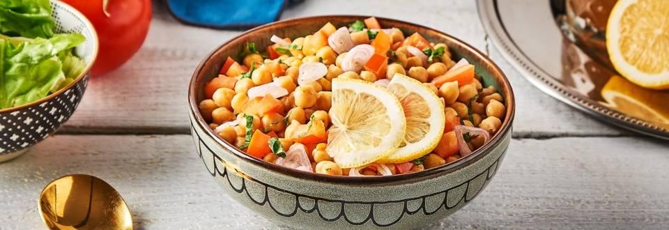 Salade de pois chiches et de menthe, aux épices