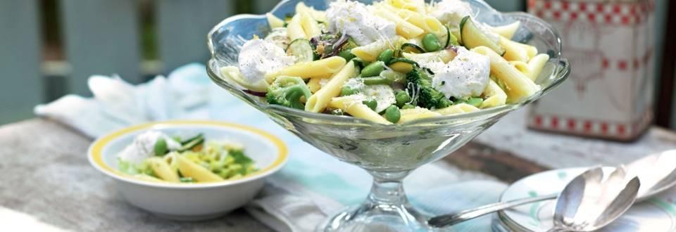 Penne aux légumes verts et ricotta