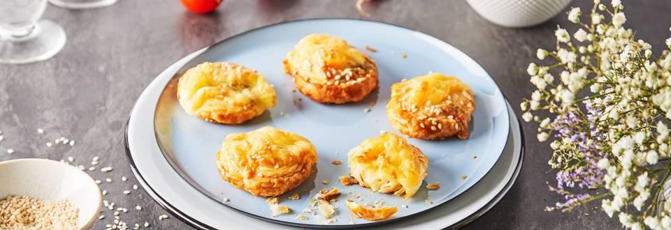 Feuilletés roulés au fromage