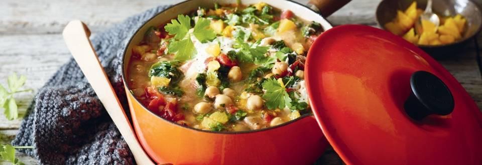 Soupe aux pois chiches, épinards et tomates