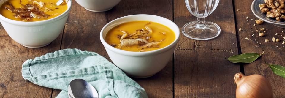 Soupe de potiron, pommes de terre et curry