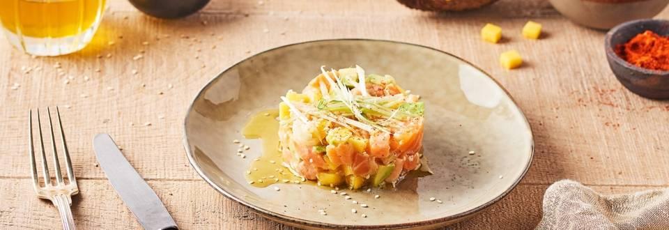 Tartare de saumon, mangue et avocat