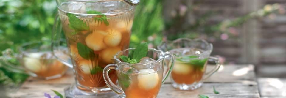 Thé glacé au miel, melon et menthe