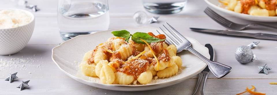 Gnocchis sauce aux poivrons et zestes d'orange
