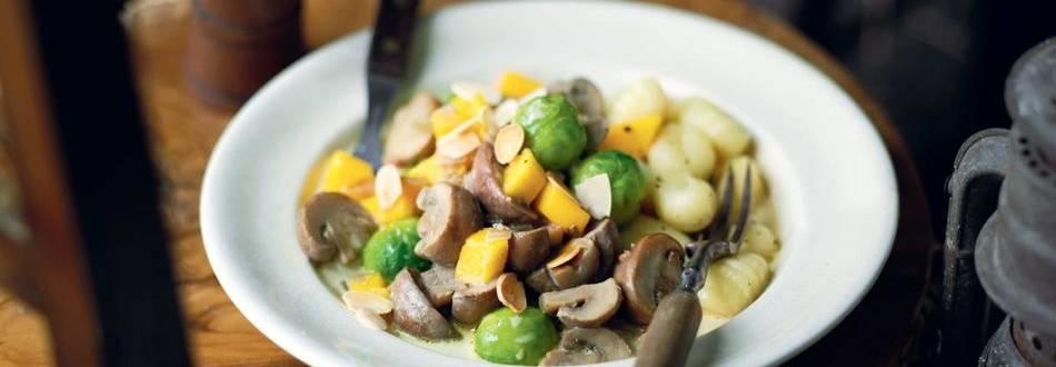 Gnocchi aux champignons et petits légumes