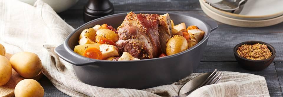 Jarrets de porc, moutarde à l'ancienne et petits légumes