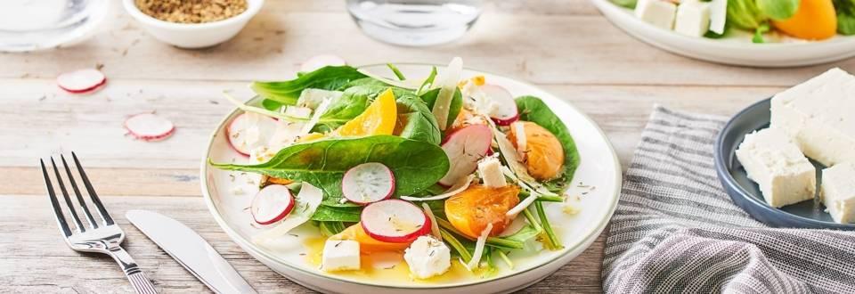 Salade d'abricots, radis et parmesan