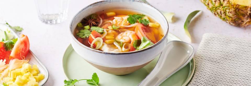 Soupe Pho aux poissons et crevettes
