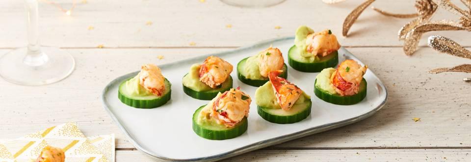 Bouchées de concombre au homard