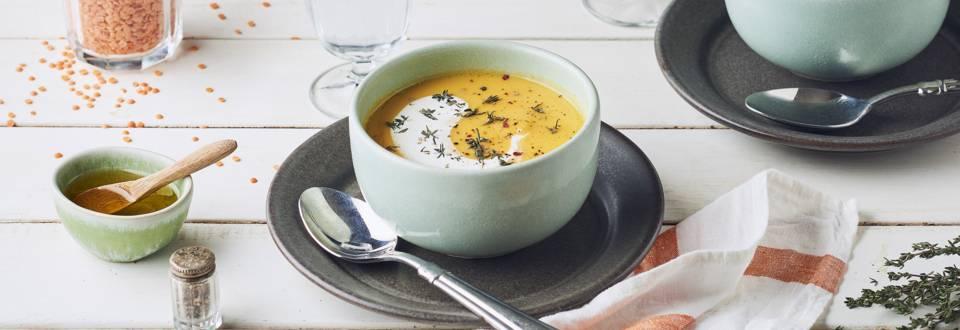 Soupe de lentilles corail, pommes de terre et carottes