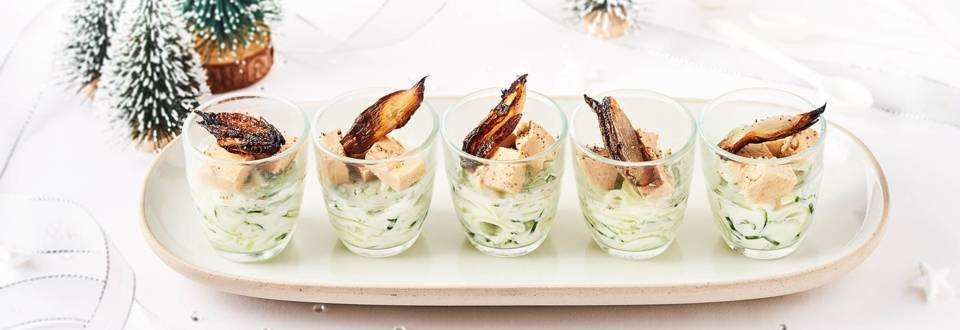 Concombres à la crème de menthe, échalote rôtie et dés de foie gras
