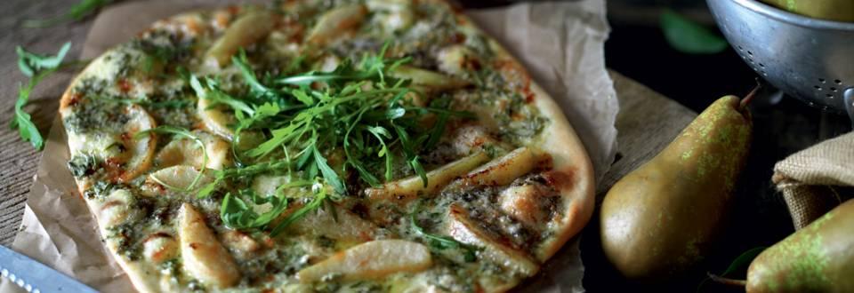 Pizza à la poire, roquefort et roquette