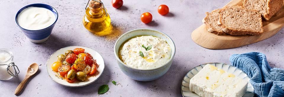 Crème de fêta, olives et tomates cerises rôties
