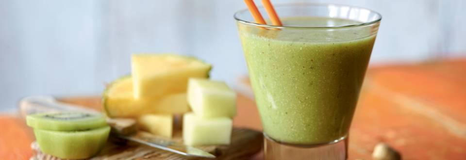 Smoothie kiwi-ananas