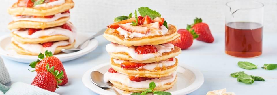 Millefeuille de pancakes aux fraises