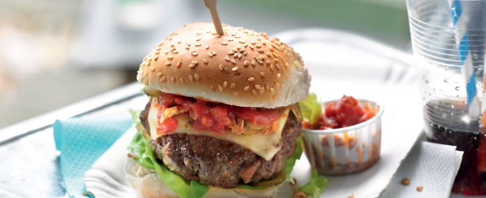 Cheeseburger et ketchup maison