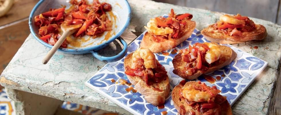Tapas aux crevettes, poivrons, jambon espagnol