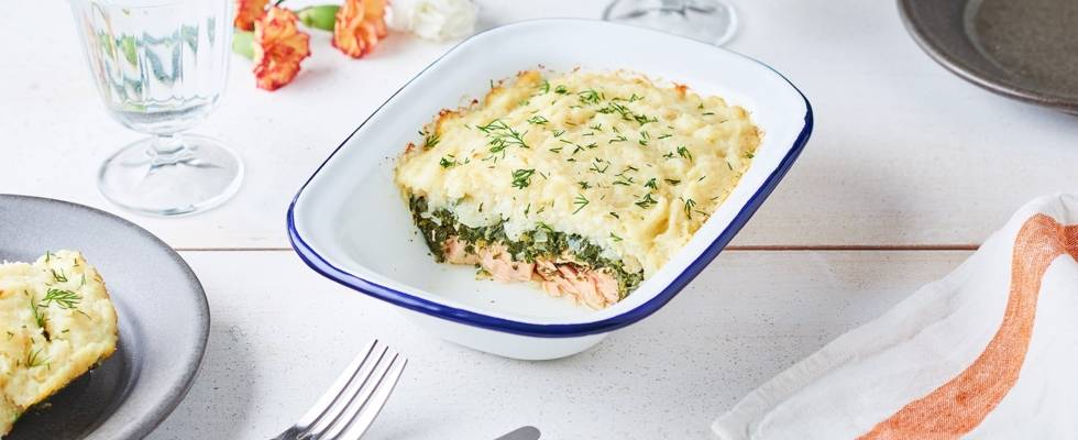Parmentier de saumon, purée de céleri et épinards